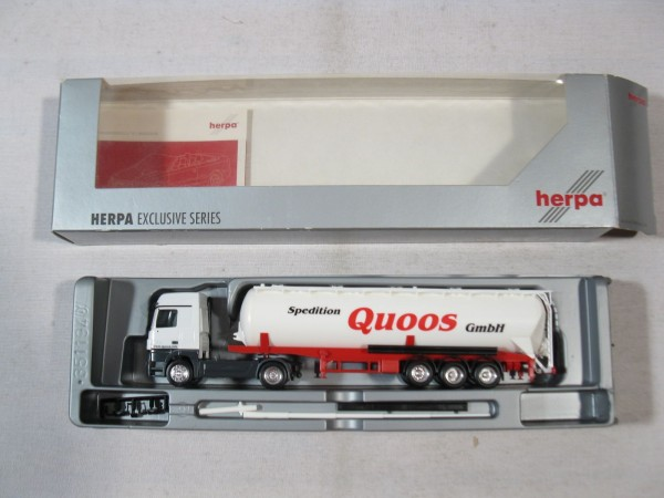 Herpa 268943 Mercedes Benz Actros LH Silo Sattelzug Quoos in OVP - H505